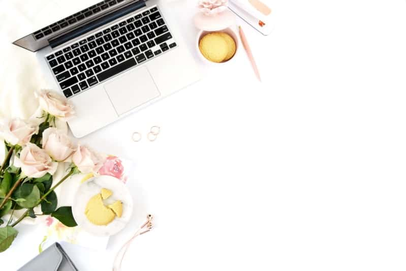 how to start a successful lifestyle blog