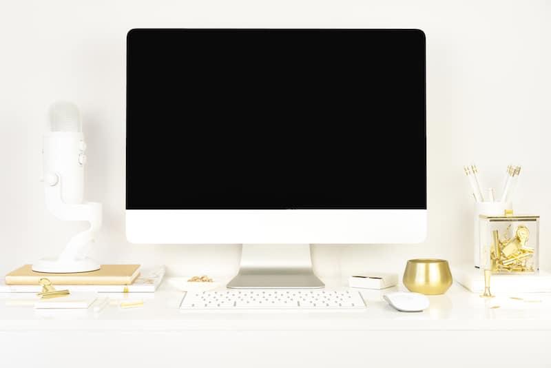 Desktop | Blog Niche Ideas for bloggers