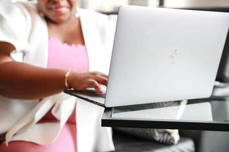 women on desktop   chrome extensions for bloggers